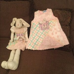 Dresses & Skirts - Little girls 3T Easter dress with matching bunny